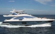 Azimut-80-yacht-running