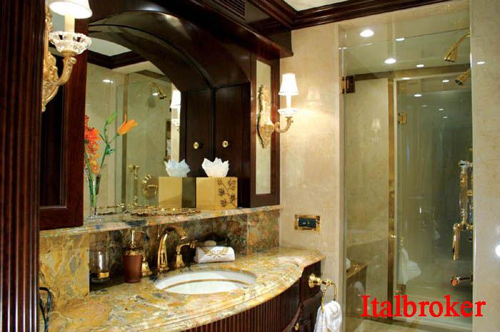 ME-Guest-Bath-2